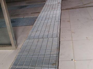 停车场钢格栅板